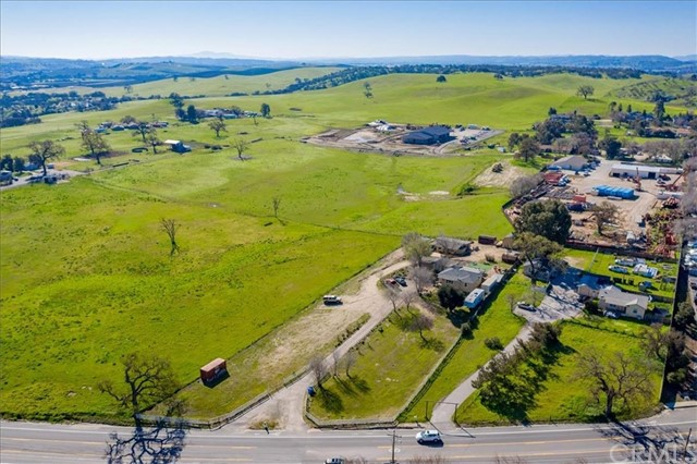 2916 Union Road Paso Robles Home Listings - RE/MAX Parkside Real Estate Real Estate