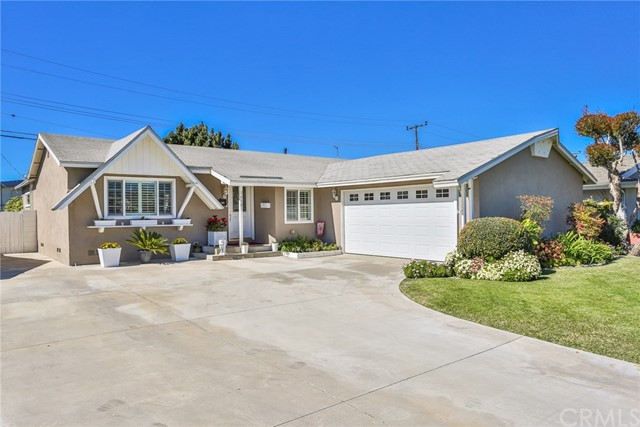 16141 Davis Lane Huntington Beach, CA 92649 OC19044294