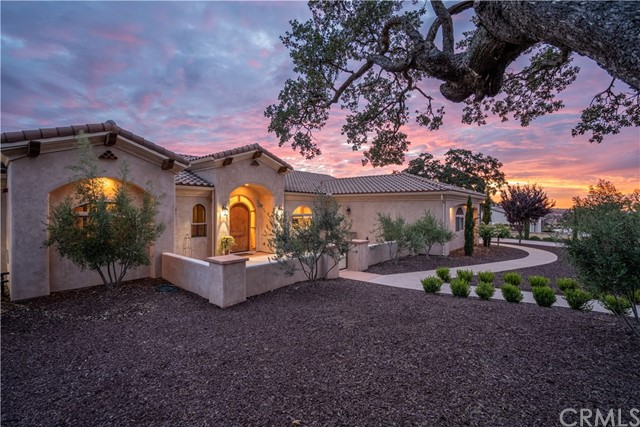 1715 Fire Rock Loop Paso Robles Home Listings - RE/MAX Parkside Real Estate Real Estate