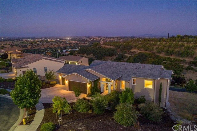 409 Calle Alto Street Paso Robles Home Listings - RE/MAX Parkside Real Estate Real Estate