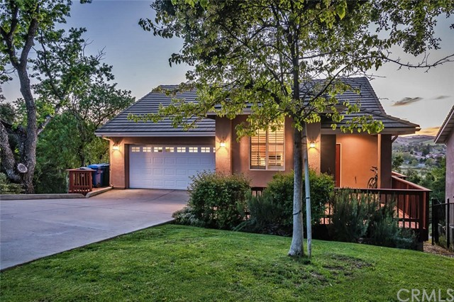 855 Lincoln Avenue Paso Robles Home Listings - RE/MAX Parkside Real Estate Real Estate