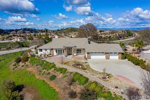 210 Red River Drive Paso Robles Home Listings - RE/MAX Parkside Real Estate Real Estate