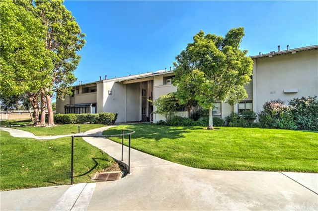 8777 Tulare Drive Huntington Beach, CA 92646 OC18155432