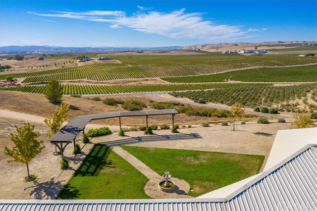6255 Buckhorn Ridge Place Paso Robles Home Listings - RE/MAX Parkside Real Estate Real Estate