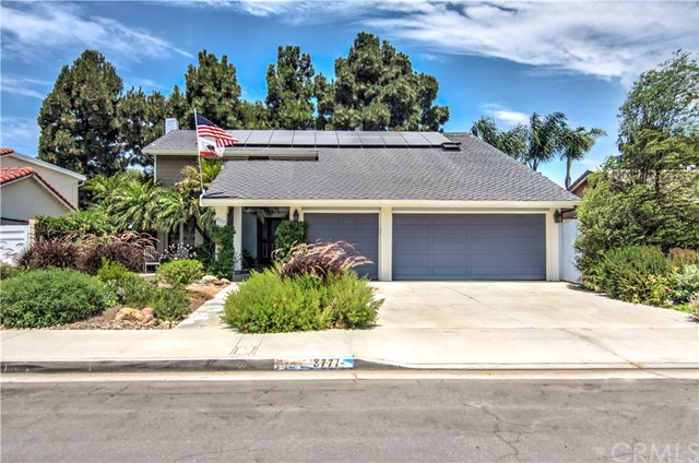8771 Charford Drive Huntington Beach, CA 92646 OC18170104