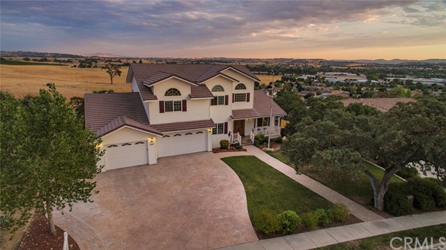 1312 Oak Ridge Way Paso Robles Home Listings - RE/MAX Parkside Real Estate Real Estate