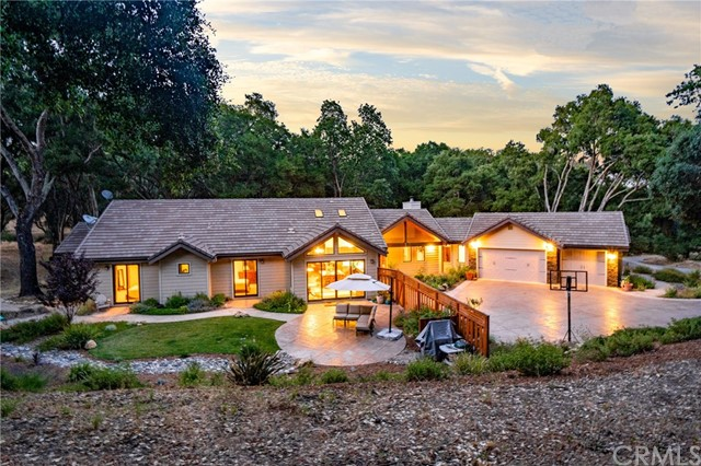 1550 Belgium Woods Road Paso Robles Home Listings - RE/MAX Parkside Real Estate Real Estate