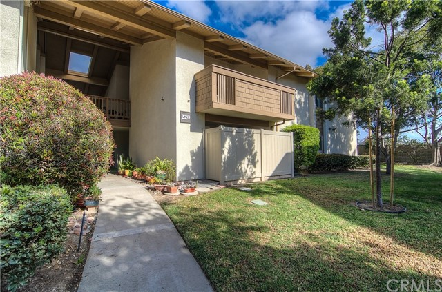 8933 Biscayne Court Huntington Beach, CA 92646 OC18162631