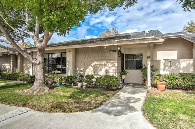 8566 TRINITY Circle Huntington Beach, CA 92646 OC18241546