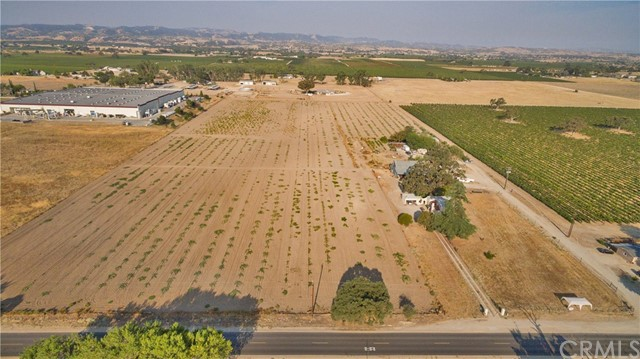 5175 Airport Road Paso Robles Home Listings - RE/MAX Parkside Real Estate Real Estate