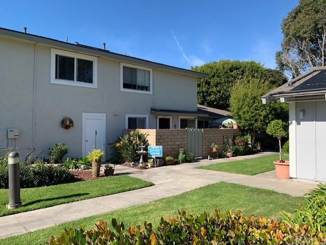 4635 Via Vista Circle Huntington Beach, CA 92649 OC18280870